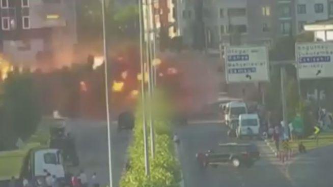 Angriff auf Palast: Erdogan zeigt Videoaufnahmen