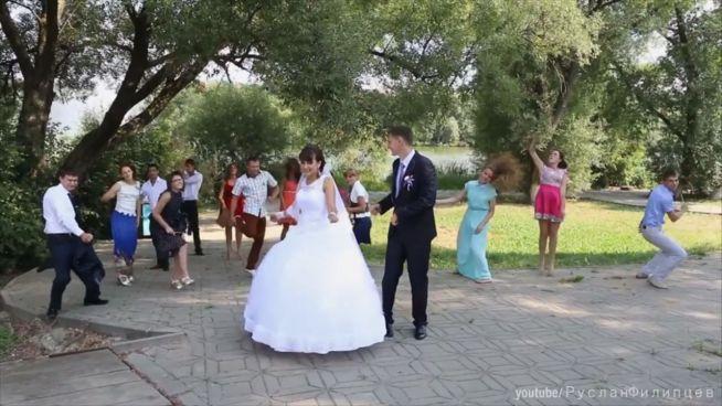 Bitte leise: Moskauer Hochzeiten ohne Spaß