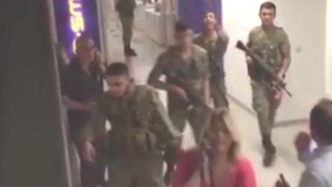 Türkei-Putsch: Video zeigt Stürmung von TV-Sender