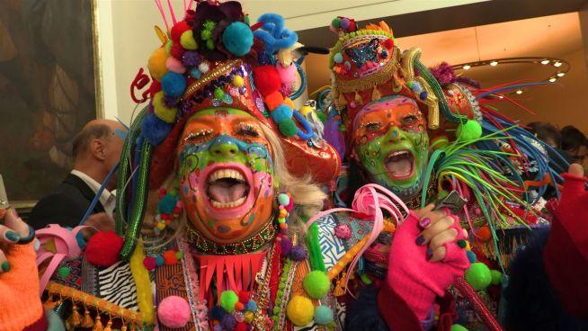 Altweiber: Die Frauen erobern den Düsseldorfer Karneval