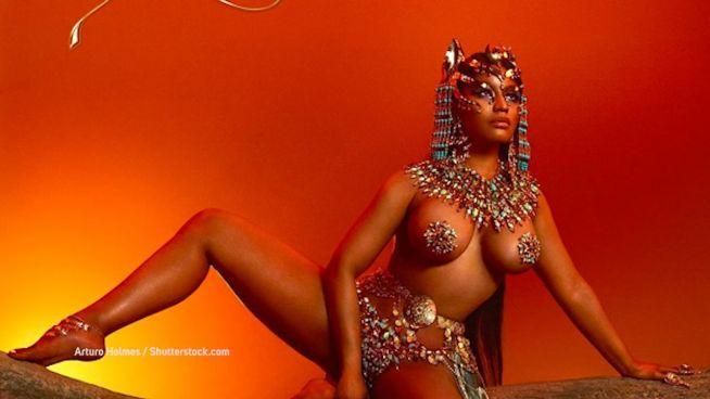 Wie sich Nicki Minaj über ihre männlichen Kollegen lustig macht