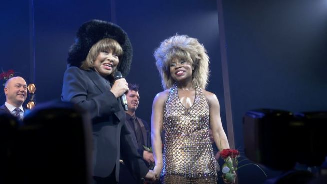 Umjubelte Musical-Premiere: Tina Turner auf Hamburger Bühne