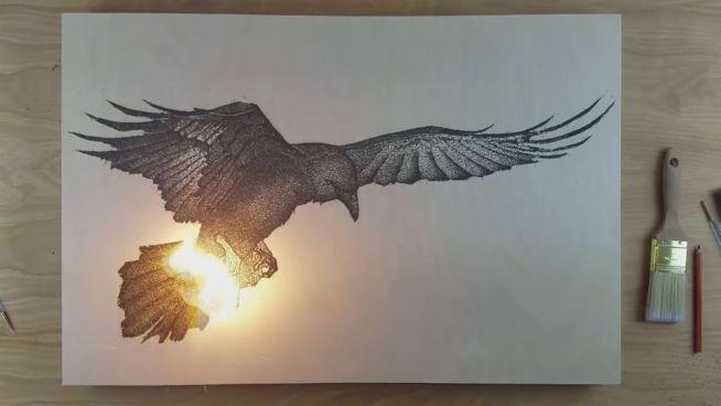 Feurig: Eingebranntes Schießpulver schafft Kunstwerke
