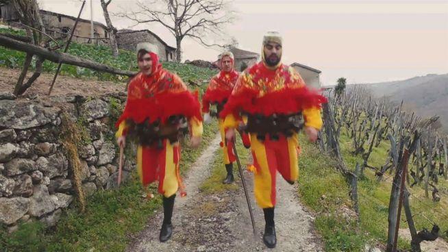 Santiago de Arriba: Wie Karneval ein Dorf rettet