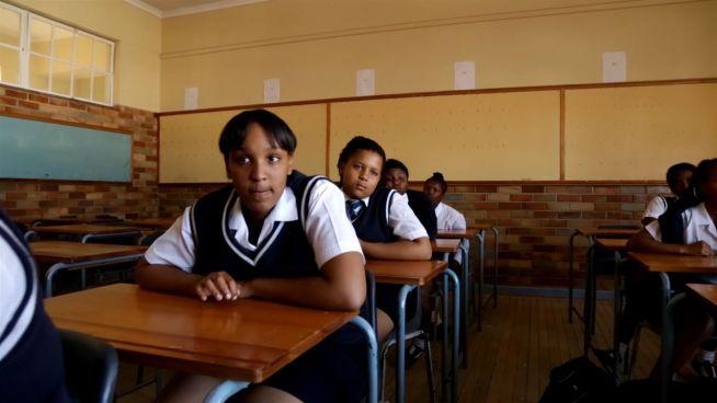 Krasses Gesetz: Tansania wirft Schwangere aus Schule