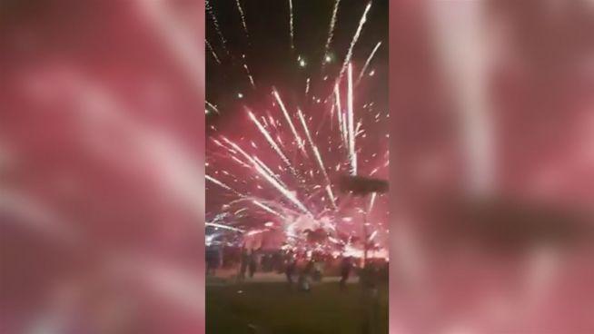 Malaysia: Feuerwerk explodiert in Menschenmenge