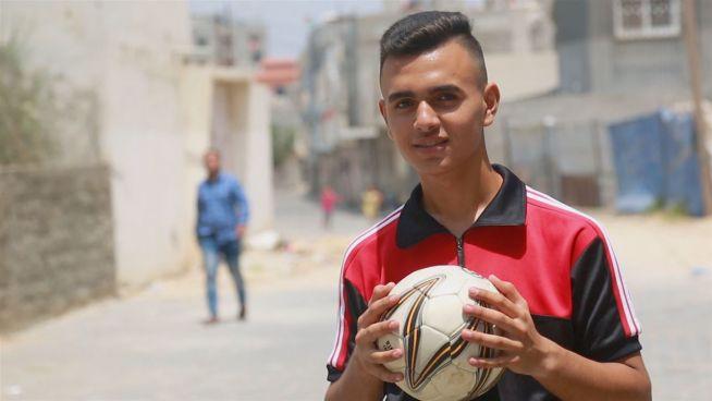 Der Krieg machte ihn zu einem Fußballtrainer