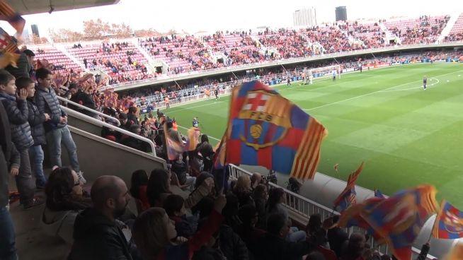 Spott trotz Niederlage: Chelsea-Fans verhöhnen Barca